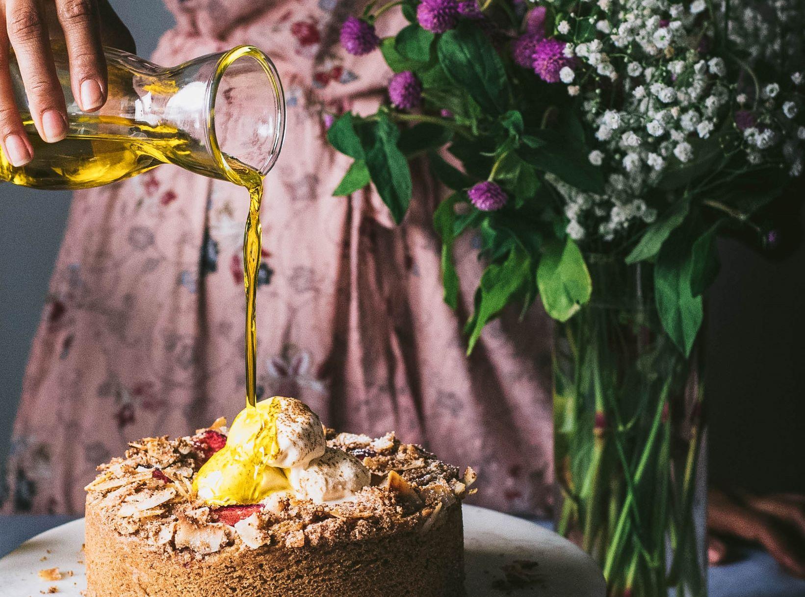 Olivenöl-Qualität kommt aus der BERTOLLI Olivenölflasche