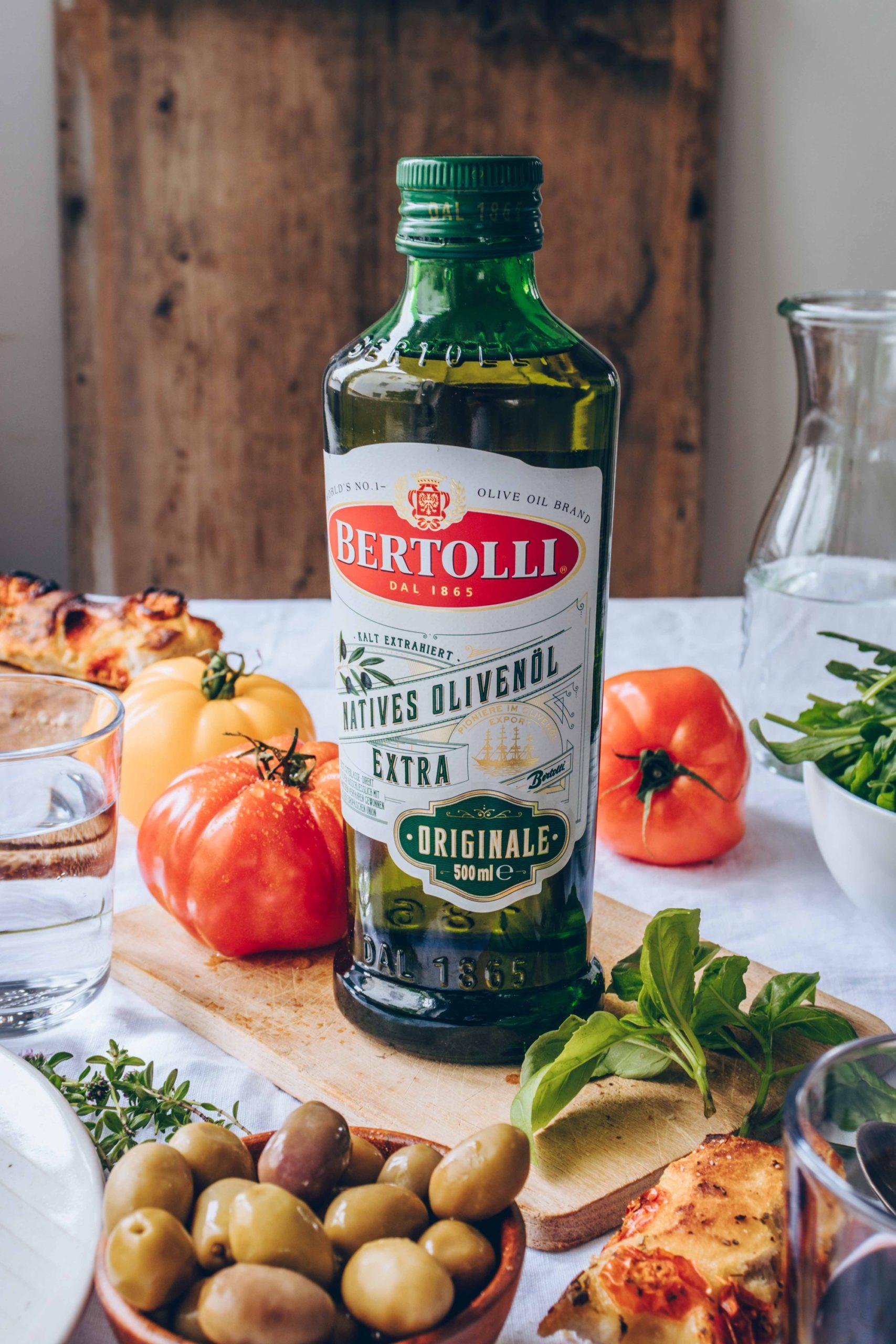 italienische Köstlichkeiten mit Olivenöl sind gut für´s Herz